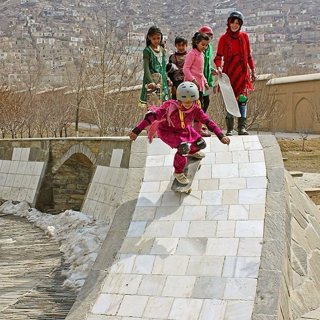 We've been supporting @skateistan since our beginnings. Go to www.longboardgirlscrew.com to check the new video released by @ridechannel portraying the impact of #skateboarding on Afghan women. Talking about impossibles... this is just so beautiful!...
