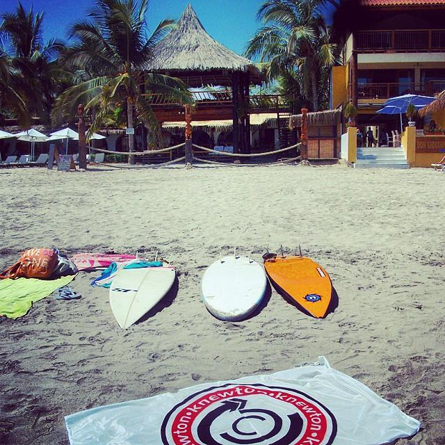 Uffff Cómo está Máncora!!! Increible Perú! Surfing a fondoo!! .:Conexión Natural:. #MANCORA #PERU #SURFTRIP #SURF #TRIP #FRIENDS #WAVES #ADVENTURE #CONEXIÓNNATURAL #KNEWTON