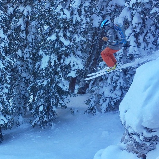 @camcolloton droppin stuff w/ his PowderKeg. Photo by @abenaquista #powder #cliffdrop
