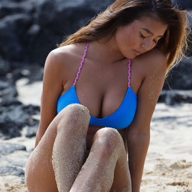 The #boho #surf in #azure and #caribbean #braid -- @nvsbikinis --- #model @mikkiarimitsu