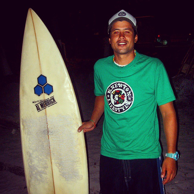 Salió NaitSurfing en Costa Rica con Tomy!! .:Conexión Natural:. #COSTARICA #SURFTRIP #SURF #TRIP #TRANKASTYLE #FRIENDS #ADVENTURE #CONEXIÓNNATURAL #KNEWTON