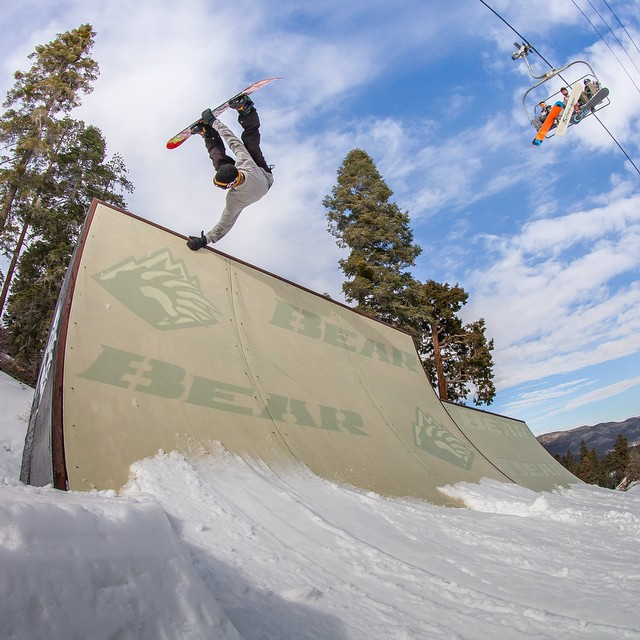 #Checkout @jakeschaible planting a paw up on @bear_mountain. Get out there and #pokethebear ! Frontside Invert