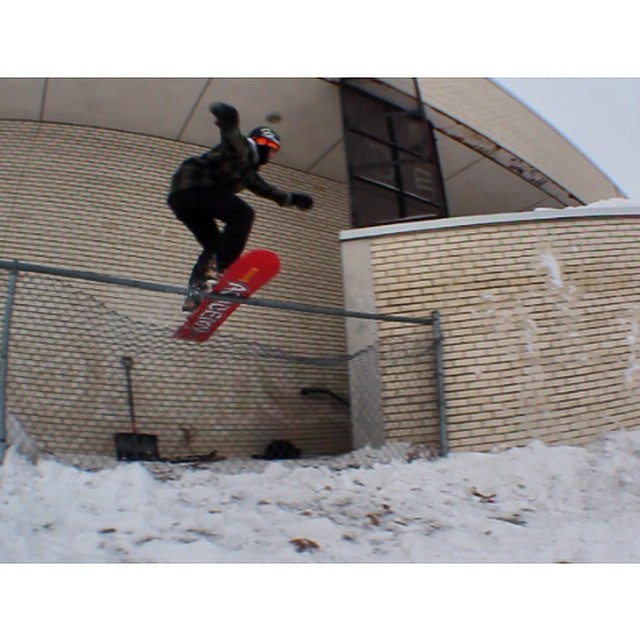 Team rider from #Minnesota, @caseypflip❄️#Snowboarding #FrostyHeadwear