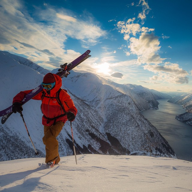 DPS' @mr_guesty taking skiing to the sea to a whole new level in Norway. #skiing #dpsskis