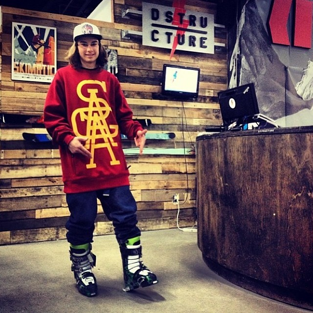 Stoked to see @paninio9 getting his new Freesoul 10's dialed in @dstructureshop. Go pick up a pair for yourself today!