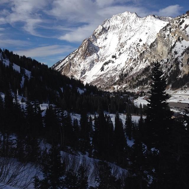 Opening weekend at @altaskiarea is killer so far! Get out there tomorrow! #ski #alta #mtsuperior