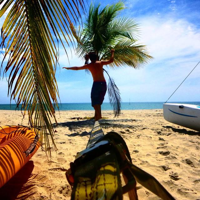 #slackline at beach. #panama #playablanca