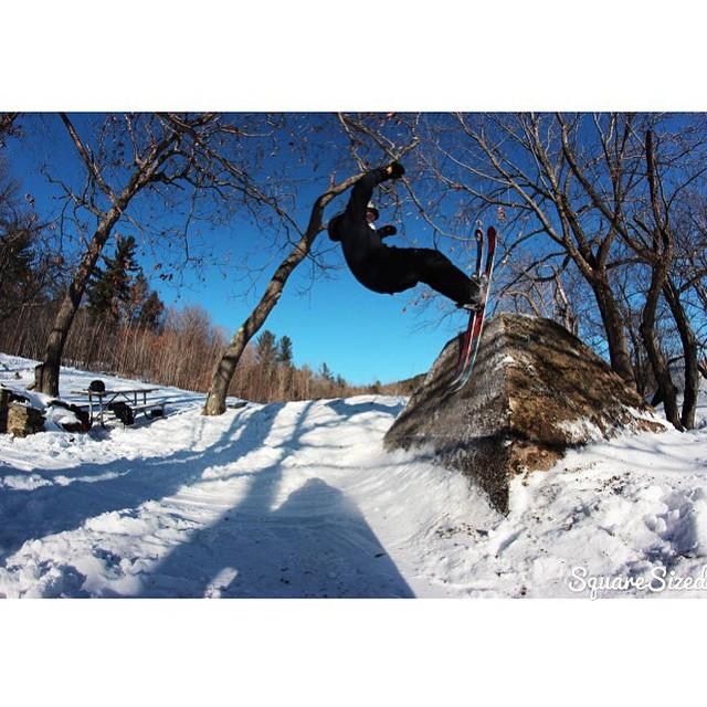 Team rider from #Connecticut @garrett_whaley❄️#FrostyHeadwear #Skiing #FreeStyleSkiing #EmbraceYourOpportunity