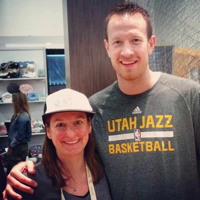 A perfect ending to day 3 at #ORshow #yoga happy hour with @steve.novak