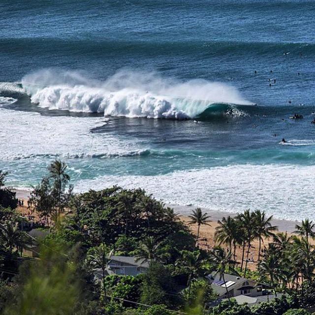 Este 29 de Enero comienza el periodo de espera para el #VolcomPipePro 2015 en #Pipeline #Hawaii. No te pierdas a los 112 mejores de la clase mundial del surfing en busca de los U$S 100.000 en premios!!! @Volcom