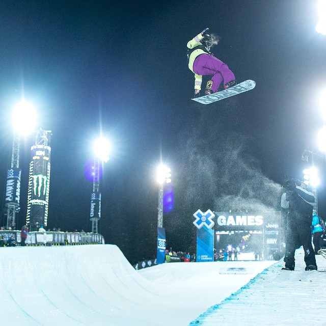 14-years old and your new Women's Snowboard SuperPipe champ. Congrats @chloekimsnow ! #Xgames (