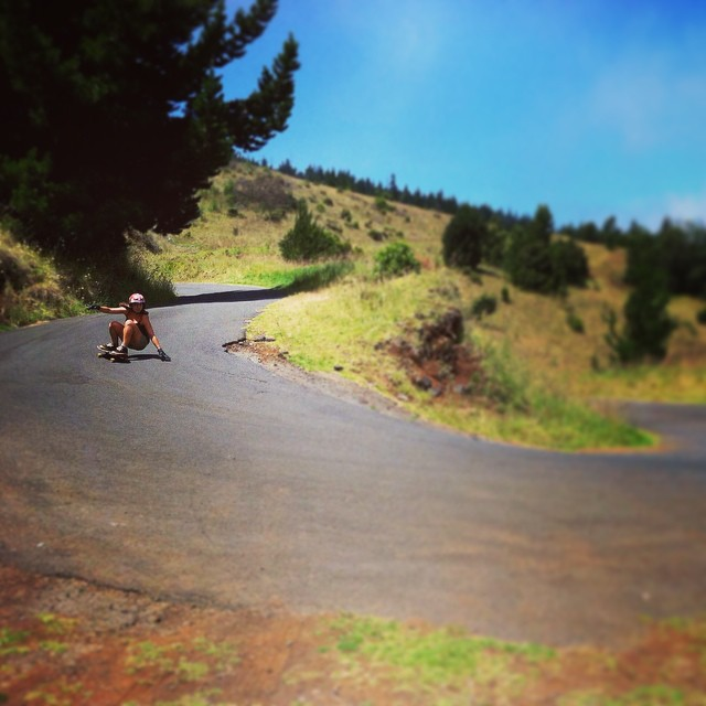 Yvonne Byers--@yvonzing hitting Hawaiian hairpins on the Spunk!