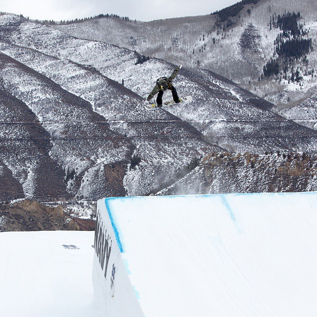 ICYMI: @spencerobrien made history by stomping a backside 900 in run No. 2 of Women's Snowboard Slopstyle.  Click the link on our profile page to check it out. #XGames (