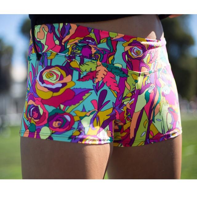 Dat print though... #powbangpop #shorts #surf #yoga #running #sanfrancisco #ohyeah