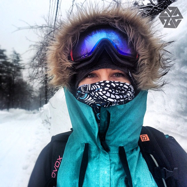 One of the perks of being a part of the Av7 Collective is you get to rock designs no one else can get. Artist @kyehalpin explores Japan rocking the yet to be released Tshield design by @gnugirl. #avalon7 #liveactivated #snowboarding #facemasks...