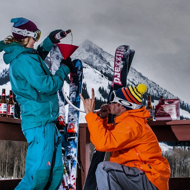Crested Butte locals and Flylow athletes Rob and Sydney Dickinson display their commitment to each other après. Photo: @trentbonaphoto