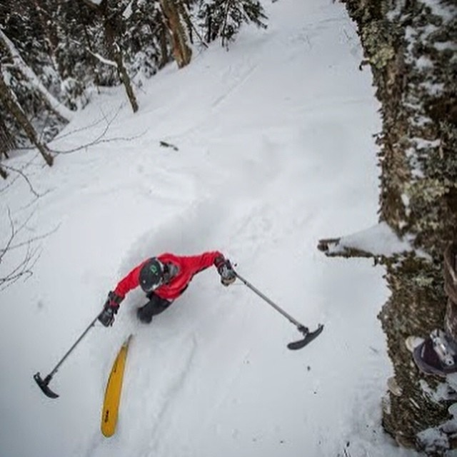 Vasu, @3trackliving, ripped up @madriverglen this past weekend and the locals were all stoked to see him back at his home mountain. Later in the evening, the crowd was on their feet after watching 'Out on a Limb' at The Banff Mountain Film Festival...