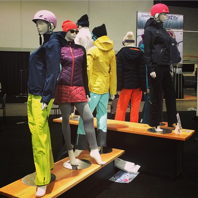 You could win a Freeride helmet today at Happy Hour today at 4:30 at the  @OIWC Women's Lounge! Come check it out! #SIA15 #xshelmets #forgirlswhoshred #skatebikeboardski
