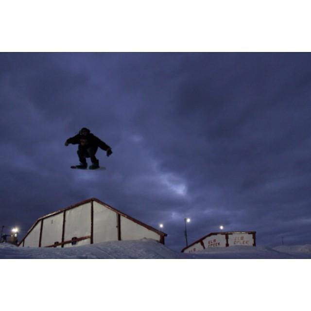 Team rider from #Minnesota, Sam Silverness. @undrstndrd❄️#FrostyHeadwear #Snowboarding #ElmCreek