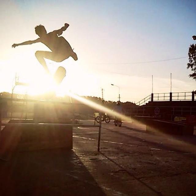 Fly ✌️