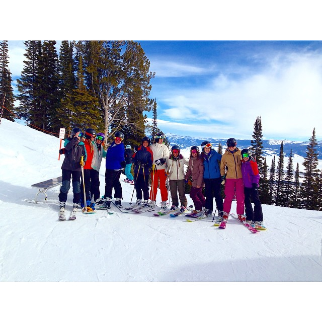Awesome pack of ripping girls at @jacksonhole this week. Hopefully some of that snowfall makes it back to #tahoe with the #jackson crew. #sisterhoodofshred #girlswhorip #bringthesnow #pleasesnow #skiing