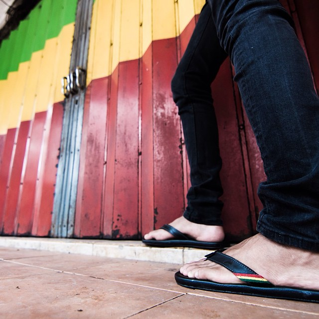 Feelin irie in the Double 6 Rasta's #double6sandals #rasta #soleswithsoul