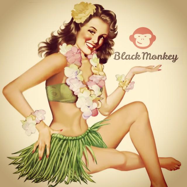 Enero termina, pero el verano sigue¡!¡ Cálzate tus Black Monkey y seguí disfrutando con toda la onda en tus pies! #blackmonkey #alpargatas #calzado #online #summer #2015 #instafollow #picoftheday #photooftheday #calzado #argentina #ecuador...