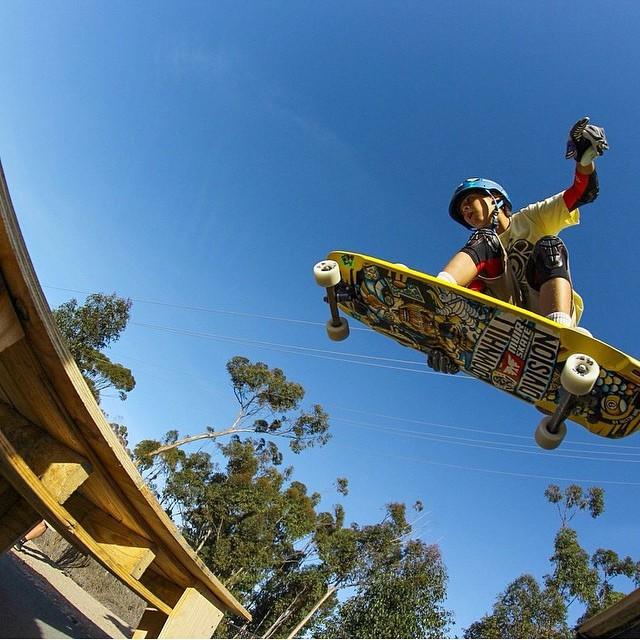 @antonio_madariaga flying like a big jet plane pic @bitch_titz_fitz #keepitholesom