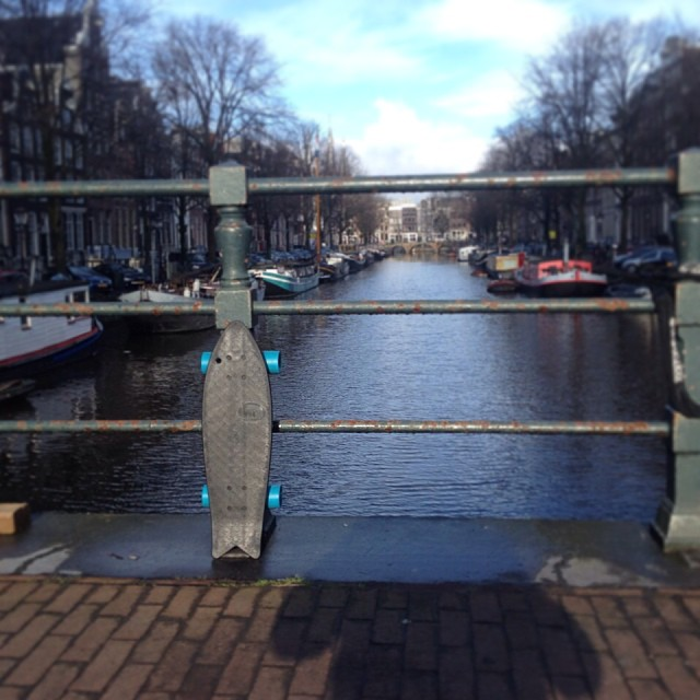 Swimming around the canals in Holland with  @benknepp and @gabilaruccia. #netstodecks #vivabureo