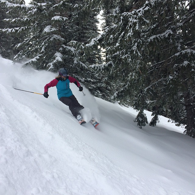 #team_praxis rider Aimee Doran has been getting to know her way around the Tetons. She knows where to look for the stashes of fresh, and more storms are on the way! #idahopow #sfs15 #rhalvesbonzai #training #atleastitswinterhere #notintahoe...