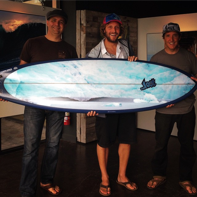 We stopped by the @bobridgesgalley after today's dawn patrol, to have Bo sign his incredible photo of a ~12 foot river wave, that was generated by the calving of a melting glacier up in Cordova, Alaska. Maybe the world's most unique and dangerous wave,...
