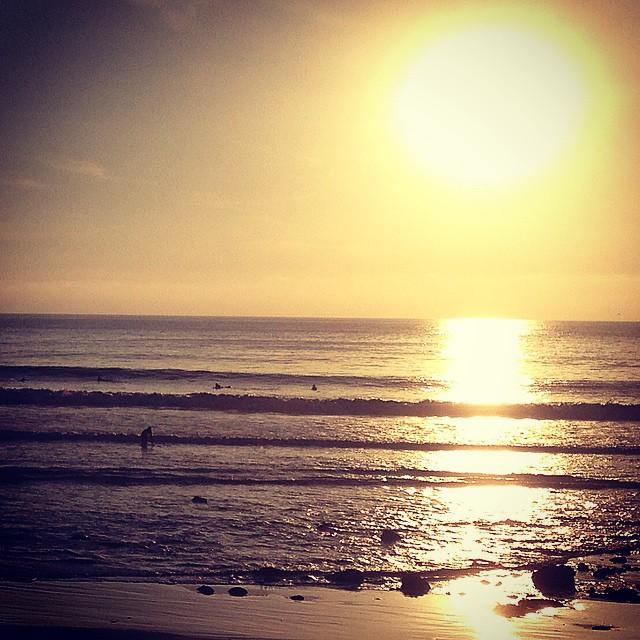#ventura surf love with #wavetribe  Surfing with #robertssurfboards crew