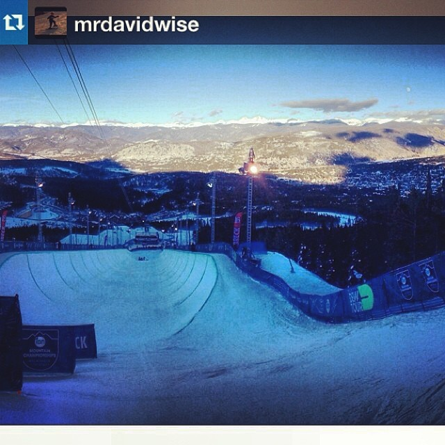 A Dave's eye view just prior to taking first in the men's #dewtour superpipe finals. #riderowned #roadtosochi #goinforgold