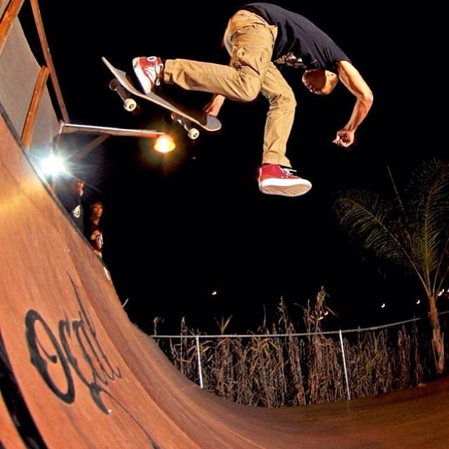 Aldrin Garcia aka @supdrin mini ramp circus tricks