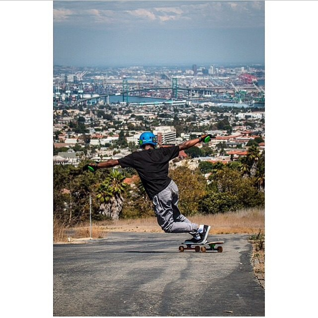 @_shammar at the top of San Pedro and keeping it #holesom .. Check him out #keepitholesom #holesomgloves