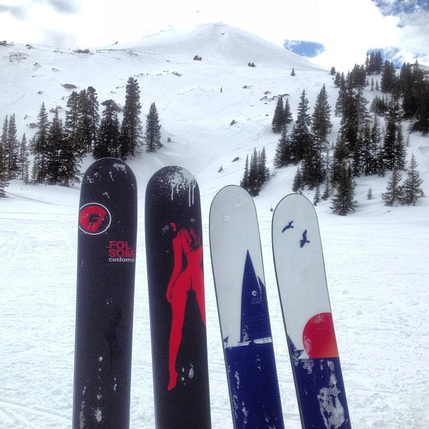 Prototyping some new tip shape and camber ideas on the Primary today at #vailpass #buttskis #sailboatin