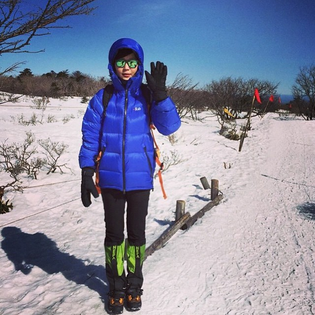 Lime Headlands taking a hike in Korean snow ❄️ Thanks for sharing, @seon.choi!  Where have your Sunskis been? Use #sunskis and let us see what they've been up to! ⛄️