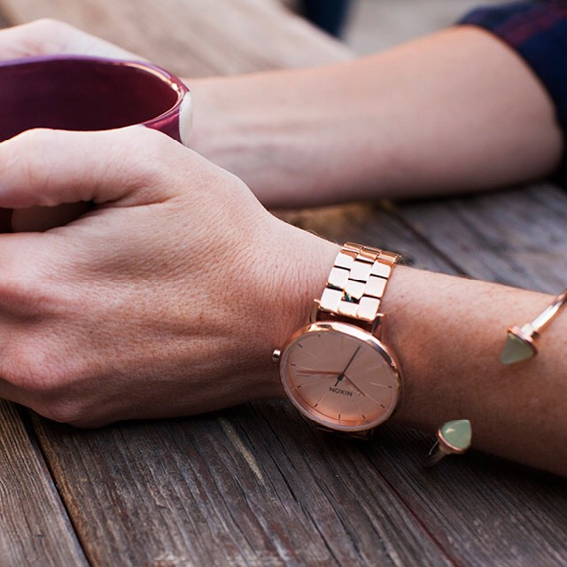 An updated take on throwback, vintage styles.  The Kensington in Rose Gold, now available from Nixon.  Shop this watch now with free shipping and returns on all orders (link in bio: @nixon_now). #thekensington #nixon