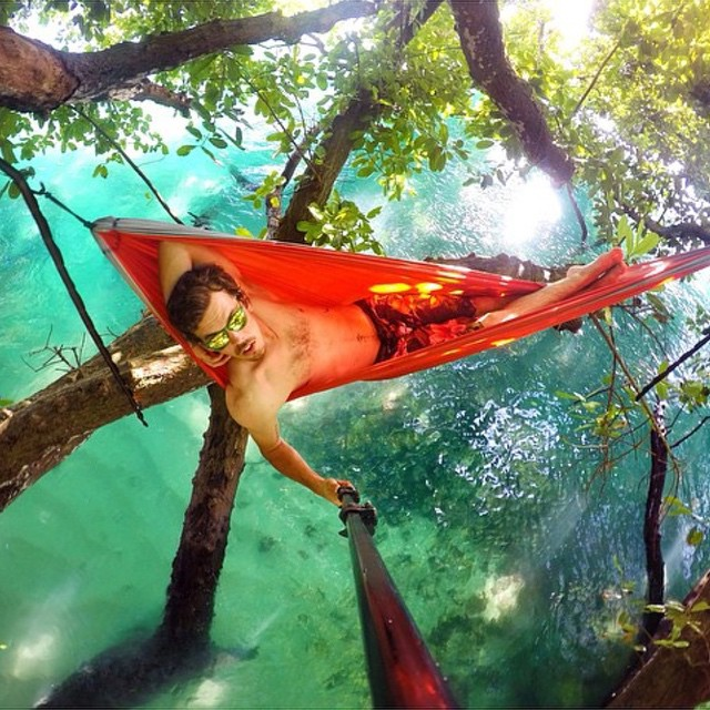 @lifeiscolour relaxes in the Rio Triple Set while chilling in his hammock over paradise #Kameleonz #gopro #gopole #rio #paradise #hammock #realxing #kzwear #EnjoyTheRide #SelfieSunday •• Kameleonz.com