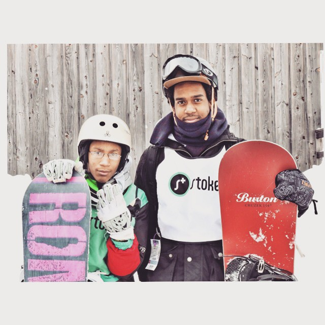 The #stokedmoment when our Alumn Zweli (on the right) realizes he's now a mentor to Reggie a freshman in high school and a year 1 Stoker. #stokedbelleayre #actionsportschanginglives #blackboyssnowboard #BMA #actionsportsmentoring