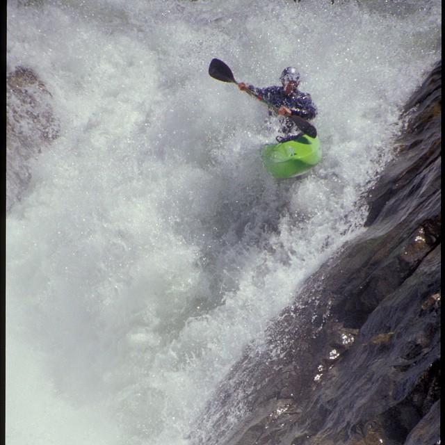 All this high-quality rain finds me daydreaming about many rivers past... This moment brought to you from an all-time 2003 day on the S Yuba (#EastMeetsWest rapid) in California.  Photo @JustinStates | #HighFivesAthlete | #ChoosePositivityNow.com