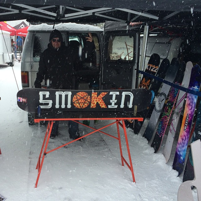 Great to be home and have some snow! #MtRose #wwsra  we are demoing  the new line and it's dumping. We will be up here today and tomorrow, then to @mammothmountain for Wednesday and Thursday come try the new boards - #KT22 #BigWig #forridersbyriders...