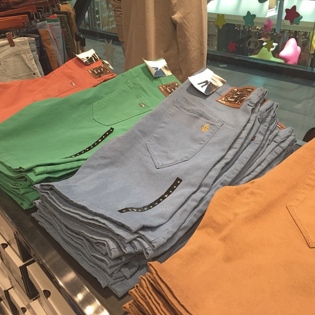 Bermudas On SALE  40% OFF #VolcomLiquida #SS15 #SALE #Volcom #Verano