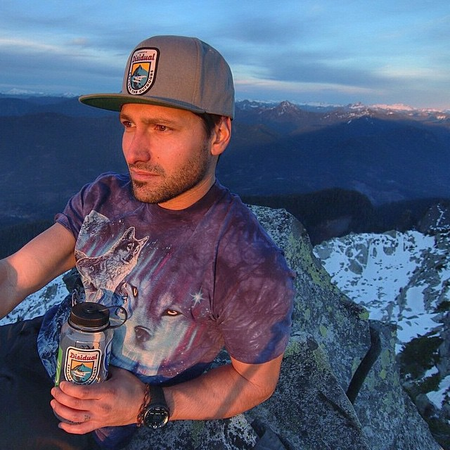 Our homie @beau.ramsey enjoying the view! // #disidual #disiduallivin #distinctindividual #brokeandstoked #keepitwild #adventure #explore #pnw