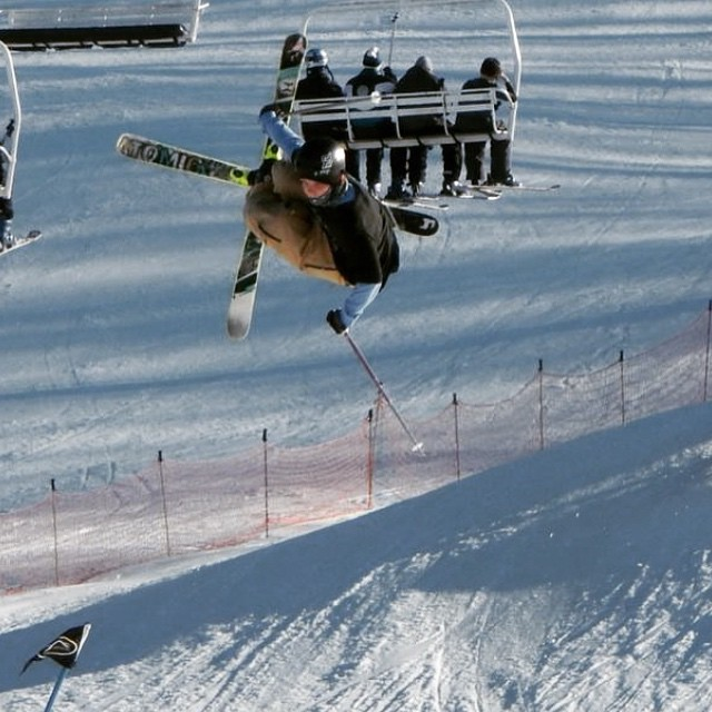 @freddymazza throwing down!!! #freeski #perfectnorth #brandywine #skiing #JustSendIt #parklaps @atomicskis