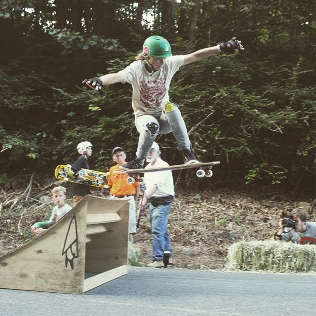Happy birthday to three of the raddest girls out there!  Let's start with @fillbackside, one of the raddest woman in the world. Garson Perkins photo.  #longboardgirlscrew #girlswhoshred #aliciafillback