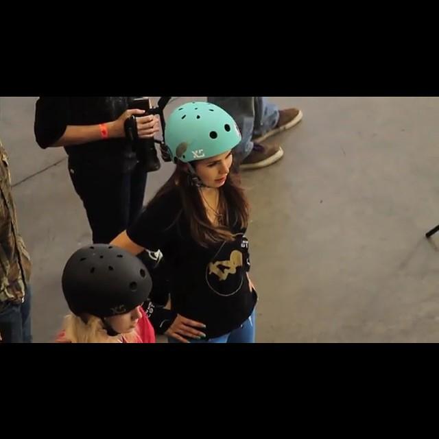 #vanscombipool 2015 @ameliabrodka @bevmoskater #xshelmets #xsteam #forgirlswhoshred #skate #skatebikeboardski