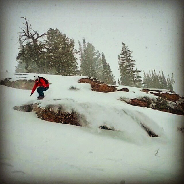Another fun pic from riding Monday. We found this rad mini golf zone with great snow. Thanks for the pic @camilamber ! Can't wait to visit again. #powpow #girlsjustwanttohavefun #homesweethome @epicbar @neversummerindustries @dakine @dakine_girls...