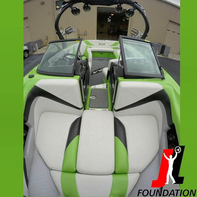NASCAR driver @joeylogano is selling his 2014 @centurionboats FS44 with 100% of proceeds going to the @joeyloganofdn giving those in need a second chance! As a bonus for purchasing the boat the buyer will also receive a VIP #NASCAR Experience at the...