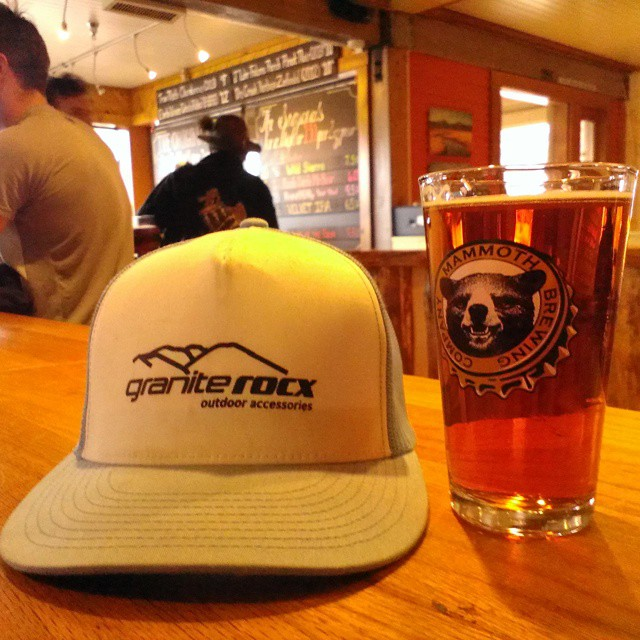Nothing better than enjoying an IPA after a day at the hot springs... #hotsprings #mammothlakes #prayforsnow #brew #graniterocx